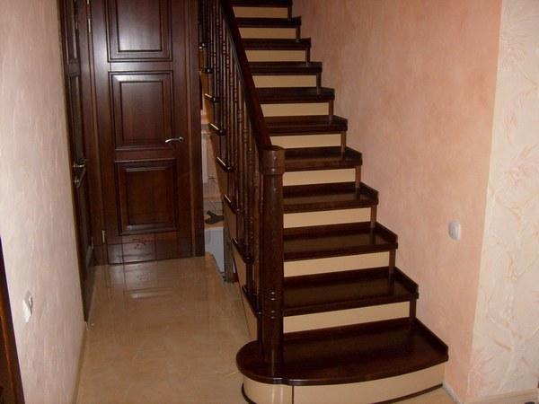 лестницы, лестницы на заказ в Минске